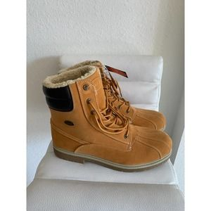 NWT Lugz Boot
